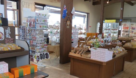街道與河川的車站 花道惠庭/購物の写真