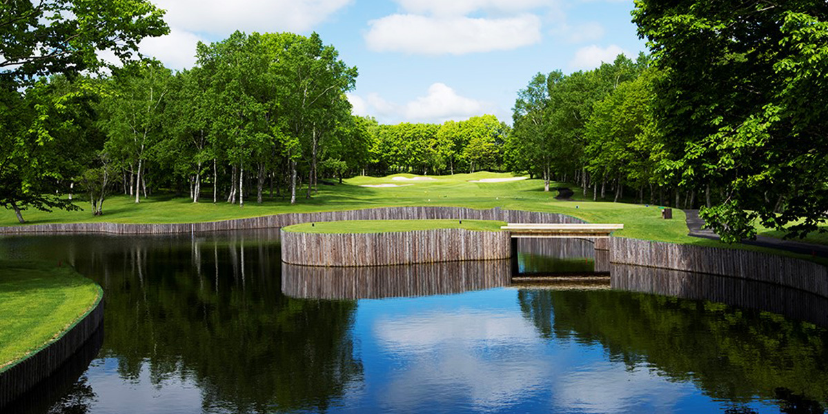 Enjoy the 3 golf courses immersed in Hokkaido nature. imgae